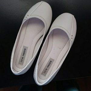 Steve Madden white leather ballet flats 7 EUC